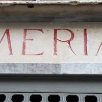 http://vernaculartypography.com/files/gimgs/th-107_Woodward_Vernacular Typography_Venice_231.jpg