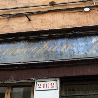 http://vernaculartypography.com/files/gimgs/th-107_Woodward_Vernacular Typography_Venice_261.jpg