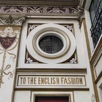 http://vernaculartypography.com/files/gimgs/th-108_Woodward_Vernacular Typography_Rome_241.jpg