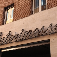 http://vernaculartypography.com/files/gimgs/th-108_Woodward_Vernacular Typography_Rome_249.jpg