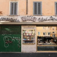 http://vernaculartypography.com/files/gimgs/th-108_Woodward_Vernacular Typography_Rome_254.jpg