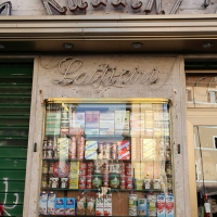 http://vernaculartypography.com/files/gimgs/th-108_Woodward_Vernacular Typography_Rome_255.jpg