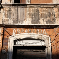 http://vernaculartypography.com/files/gimgs/th-108_Woodward_Vernacular Typography_Rome_258.jpg