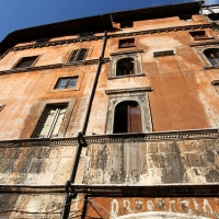 http://vernaculartypography.com/files/gimgs/th-108_Woodward_Vernacular Typography_Rome_259.jpg