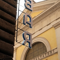http://vernaculartypography.com/files/gimgs/th-108_Woodward_Vernacular Typography_Rome_274.jpg