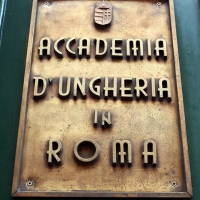 http://vernaculartypography.com/files/gimgs/th-108_Woodward_Vernacular Typography_Rome_277.jpg