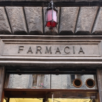 http://vernaculartypography.com/files/gimgs/th-108_Woodward_Vernacular Typography_Rome_281.jpg