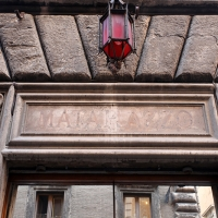 http://vernaculartypography.com/files/gimgs/th-108_Woodward_Vernacular Typography_Rome_282.jpg
