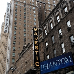 http://vernaculartypography.com/files/gimgs/th-19_Woodward_Vernacular-Typography_Times-Square-Theaters_023.jpg