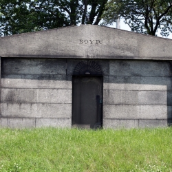 http://vernaculartypography.com/files/gimgs/th-30_Woodward-Vernacular-Typography-Greenwood-Cemetery_019.jpg