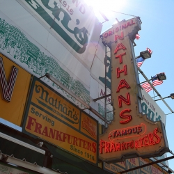 http://vernaculartypography.com/files/gimgs/th-37_Woodward-Vernacular-Typograpghy-Coney-Island_011.jpg