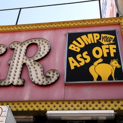 http://vernaculartypography.com/files/gimgs/th-37_Woodward-Vernacular-Typograpghy-Coney-Island_055.jpg