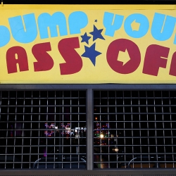 http://vernaculartypography.com/files/gimgs/th-37_Woodward-Vernacular-Typograpghy-Coney-Island_058.jpg