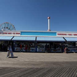 http://vernaculartypography.com/files/gimgs/th-37_Woodward-Vernacular-Typograpghy-Coney-Island_111.jpg