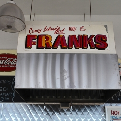 http://vernaculartypography.com/files/gimgs/th-37_Woodward-Vernacular-Typograpghy-Coney-Island_115.jpg