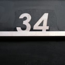 http://vernaculartypography.com/files/gimgs/th-43_MollyWoodward_Vernacular Typography_num2_34.jpg