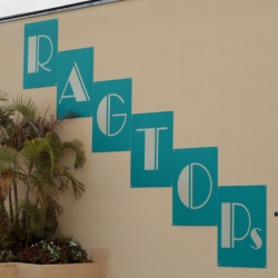 http://vernaculartypography.com/files/gimgs/th-46_Woodward Vernacular Typography Palm Beach 2_028.jpg