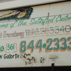 http://vernaculartypography.com/files/gimgs/th-46_Woodward Vernacular Typography Palm Beach hand painted_070.jpg