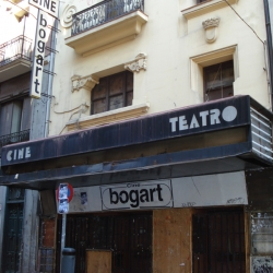 http://vernaculartypography.com/files/gimgs/th-49_mw_vernacular typography_spain_021.jpg
