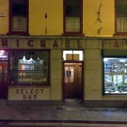 http://vernaculartypography.com/files/gimgs/th-58_Woodward Vernacular Typography Ireland_010.jpg