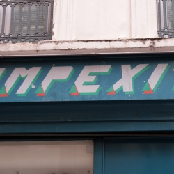 http://vernaculartypography.com/files/gimgs/th-60_50_mwvernacular-typographyfrance191_v2.jpg