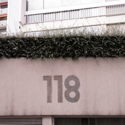http://vernaculartypography.com/files/gimgs/th-60_50_mwvernacular-typographyfrance251_v2.jpg