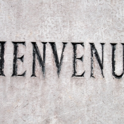 http://vernaculartypography.com/files/gimgs/th-61_49_mwvernacular-typographyfrance109_v2.jpg