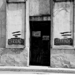 http://vernaculartypography.com/files/gimgs/th-64_mw_vernacular typography_cuba_051.jpg