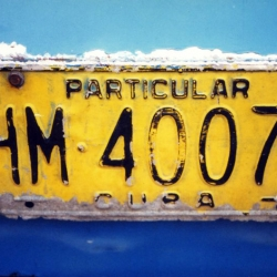 http://vernaculartypography.com/files/gimgs/th-64_mw_vernacular typography_cuba_cars_003.jpg