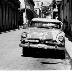http://vernaculartypography.com/files/gimgs/th-64_mw_vernacular typography_cuba_cars_030.jpg